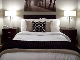 Bed No Headboard by Bed No Headboard Decor Decorate Without Sew Bedroom With