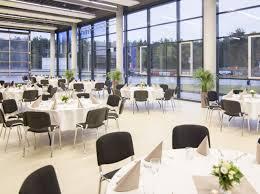 Das Esszimmer Bmw Eventlocation Adac Fahrsicherheitszentrum Hansa