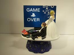 gamer cake topper and groom playstation wedding cake topper