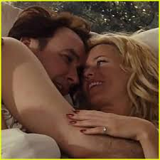 Cuddle In Bed Elizabeth Banks U0026 John Cusack Cuddle In Bed In U0027love U0026 Mercy