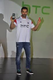 john abraham unveils new htc mobiles in mumbai photos