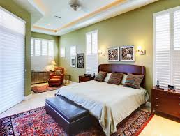 Normal Size Of A Master Bedroom How To Choose The Right Size Area Rug For Your Bedroom