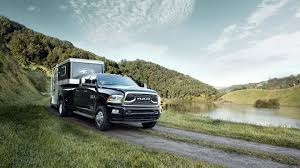 Ram Truck 3500 Towing Capacity - 2017 ram 3500 interior and exterior photos and video gallery