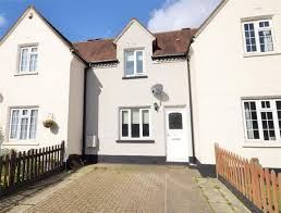 cute one bedroom house is up for sale in redhill get surrey