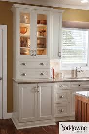 Yorktowne Kitchen Cabinets Yorktowne Cabinets Gr Mitchell
