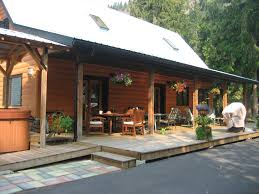 amazing scotch creek cabin with tub scotch creek best places
