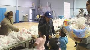 Thanksgiving Foundation Kamp Kizzy U0026 Ludacris Foundation Give Back For Thanksgiving Youtube