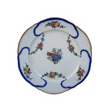 assiette de porcelaine assiette en porcelaine de sèvres xviiie siècle n 49355