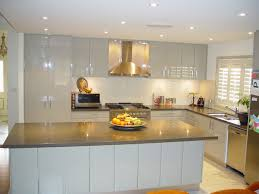 designer kitchens 2013 252 ber bibury silk walnut kitchen