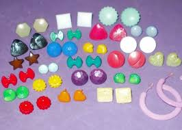 plastic earrings 80 s plastic earrings w plastic posts yup wore these all the