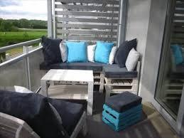 bank fã r balkon houten paletten bank op balkon paletten