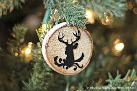 the easiest way to make wood slice ornaments yellow