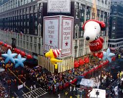 macy s parade macy s thanksgiving day parade through the years photos abc news