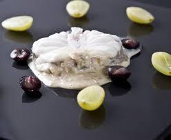 cuisiner la lotte marmiton lotte aux deux raisins recette de lotte aux deux raisins marmiton
