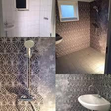 72 best wallpaper bathroom images on pinterest bathroom