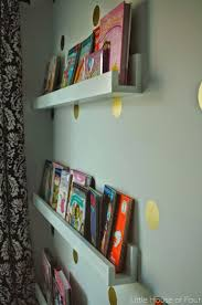 Making Wood Bookshelves by Best 25 Wood Bookshelves Ideas On Pinterest Pallet Bookshelves