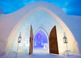 Hotel De Glace Canada Quebec U0027s Hotel De Glace Ice Castle Takes Guests On A U0027journey To