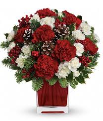 christmas flowers the christmas spirit bouquet at from you flowers