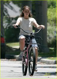 jennifer love hewitt loves big bikes photo 1238801 jennifer