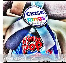 personalized ring pops easy class ring favor made with ring pops for preschool grads