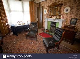 livingroom glasgow living room tenement house glasgow stock photo 54164405 alamy