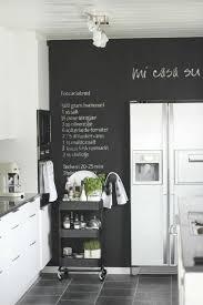 tableau magn騁ique cuisine 68 idées créatives avec l ardoise murale archzine fr ardoise