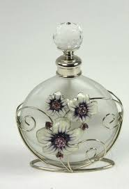 497 best bouteilles parfum images on pinterest beautiful perfume