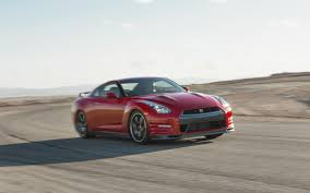 Gtr R36 Godzilla By The Numbers 2009 2017 Nissan Gt R Motor Trend