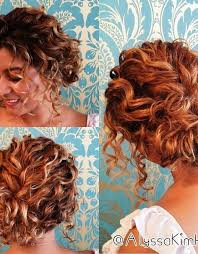 Hochsteckfrisurenen Krauses Haar by 7 Besten Bridesmaid Hairstyles Bilder Auf Frisuren Für