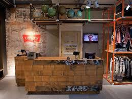 fabriquer un comptoir de cuisine en bois construire un comptoir de bar fabriquer bar en bois