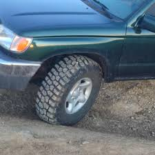 33 inch tires with no 3rd gen running 33