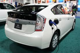 lexus ct200h vs prius the motoring world usa recall 2 toyota lexus recall prius and