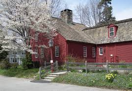 saltbox style home farmhouse this red saltbox style farmhouse is the bates scofield
