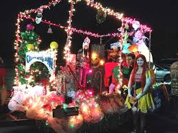 christmas light parade floats 8 christmas parades in central arkansas little rock family
