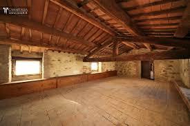 la soffitta palazzo vecchio palazzo storico ristrutturato in vendita tra umbria e toscana