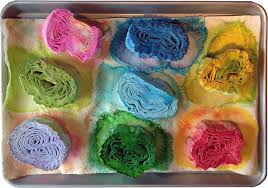 streamers paper dyeing crepe paper streamers for flowers q is for quilter