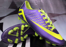 Sepatu Bola Grade Ori detail sepatu bola merek nike hypervenom neo ungu grade ori color