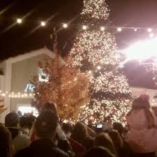 christmas tree lighting bridge street huntsville al bridge street town centre 25 photos 38 reviews shopping