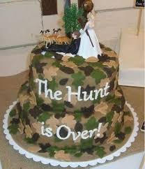 camoflauge cake wedding satin camouflage brown green and autumn leaves on a