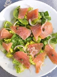 romaine salad with smoked salmon laughter and lemonade