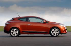 renault megane coupe review 2009 2016 parkers