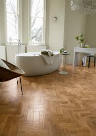 Blonde Oak Laminate Flooring Karndean Art Select Vinyl Flooring In Blond Oak Ap01