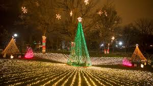 best christmas lights in chicago best places to see holiday lights in chicago mommy nearest