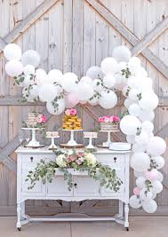 gorgeous rustic barn wedding cake table with easy diy balloon