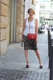 a fashion blog for women over 40 and mature women shirt zara