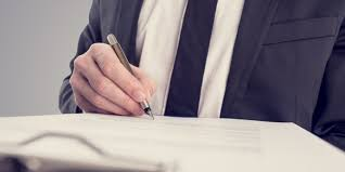 a guide for finding the best real estate lawyer re max