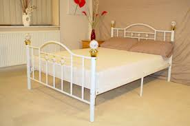 White Double Metal Bed Frame Bedroom Furniture King Size Wrought Iron Bed Metal Platform Bed