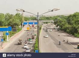 indian car on road indian traffic on road traffic on highway elevated view of