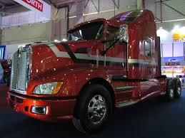 2014 kenworth file kenworth t660 aerocab 2014 14260995904 jpg wikimedia commons