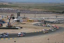 nascar race car tracks howstuffworks